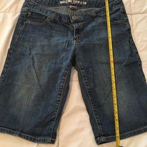 Cute Bermuda jeans